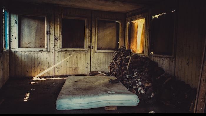 mattress topper trash